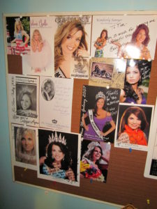 Autograph Card Bulletin Board