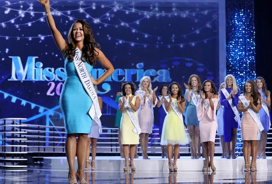 U.S. SEN. HOEVEN HONORS  MISS AMERICA 2018 CARA MUND ON SENATE FLOOR